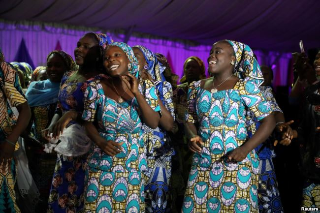 NIGERIA: Released Chibok girls resume education