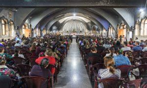 Qaraqosh Easter service
