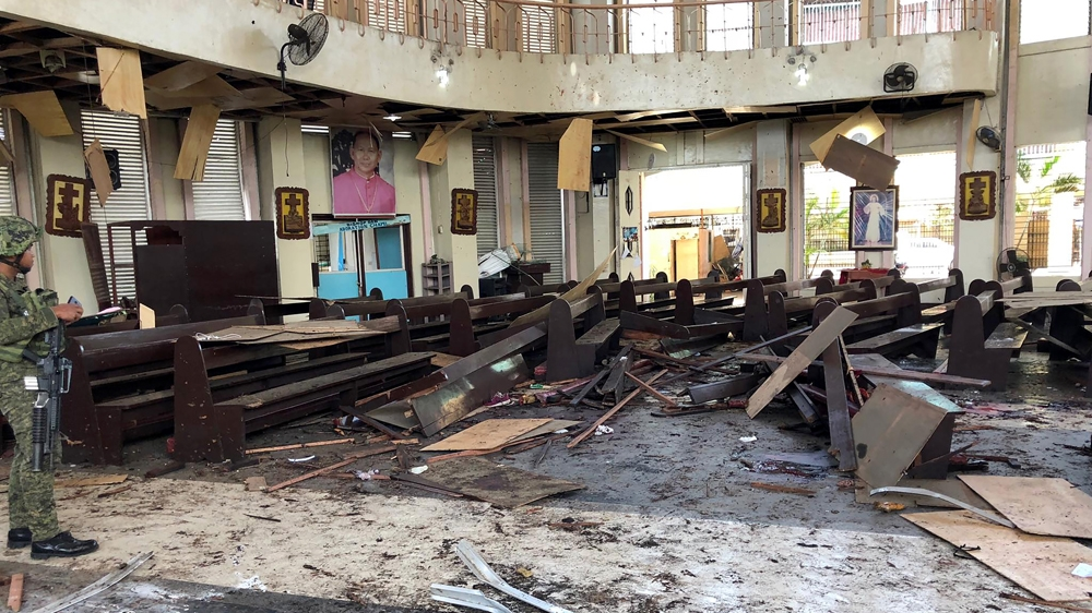 PHILIPPINES: Twenty killed in bomb attack on cathedral