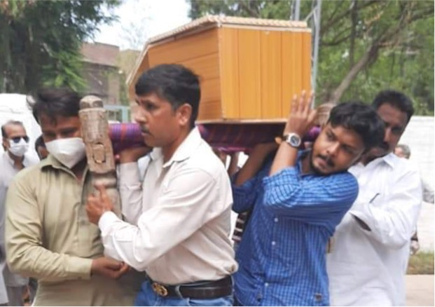 "PAKISTAN: Christian shot for living in ""Muslim neighbourhood"" dies"